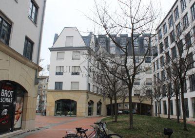 Innenhof & Rückansicht