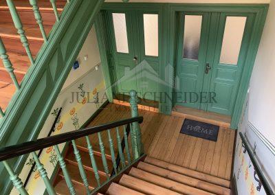 Treppenhaus - Wohnungseingangstüren