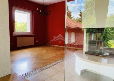 Villa - Kamin, Zimmer I